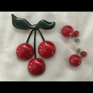 Jewelry - Vintage Cherry Pin & Earrings